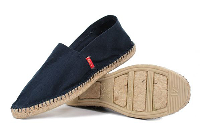 espadrilles-mens-ibiza-navy-bench