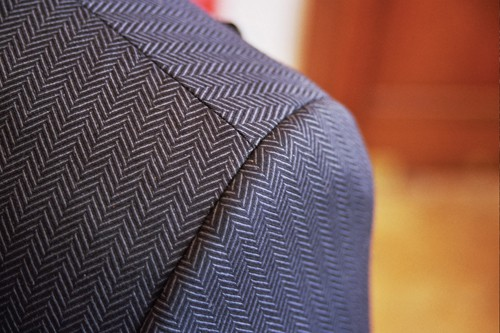 mens-suit-patterns-herringbone