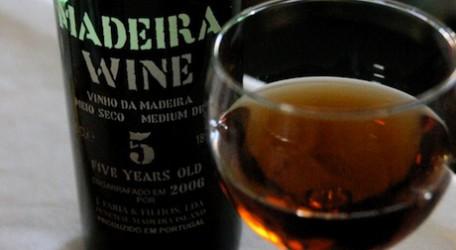 el-vino-madeira-1_0-456x250