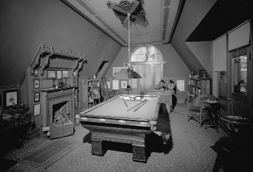 twain_house_billiard_room