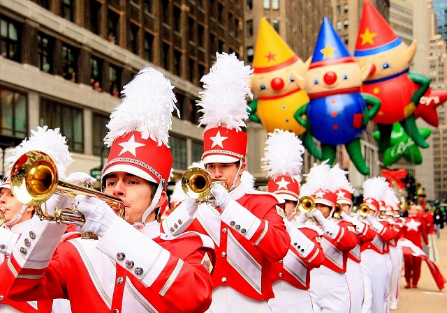 macys-great-american-marching-band-in-macys-thanksgiving-day-parade-960x674