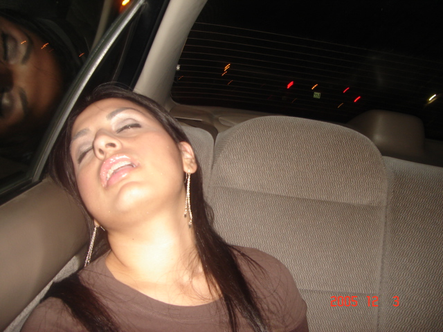 passed-out-girlfriend-in-car