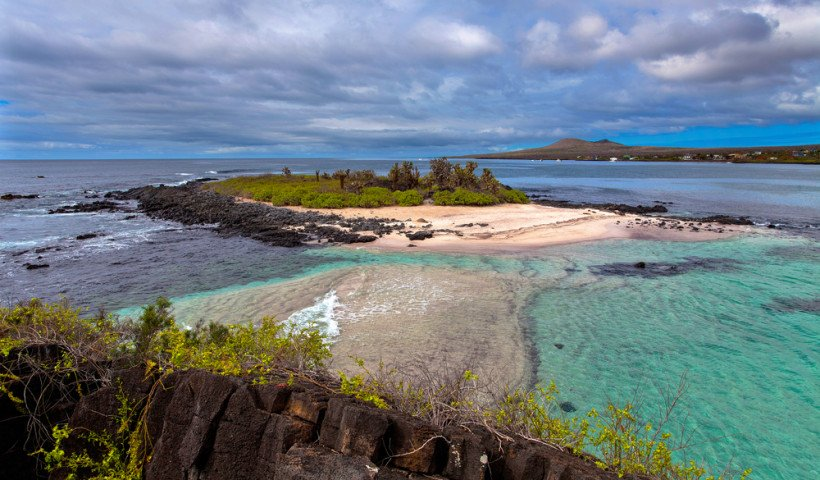 820x480xgalapagos-islands-820x480-jpg-pagespeed-ic-c3wobiqvuv